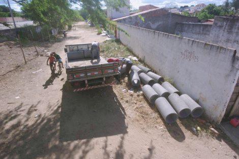 WhatsApp-Image-2019-01-21-at-17.40.57-1-470x313 Itapetinga: Melhoria em redes de drenagem traz benefícios à população Região